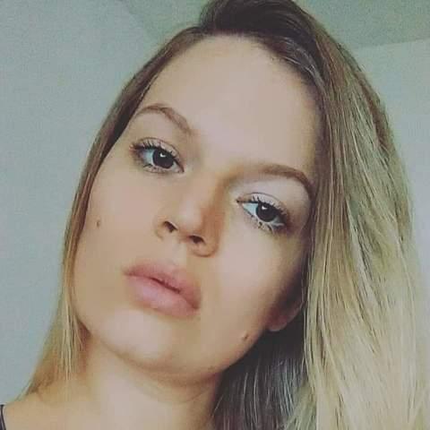 Ági, 30 éves társkereső nő - Budapest