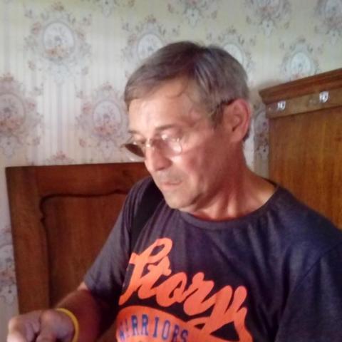 István, 60 éves társkereső férfi - Oroszlány
