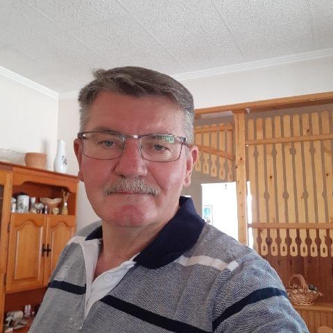 Mihály, 59 éves társkereső férfi - Tápiószőlős