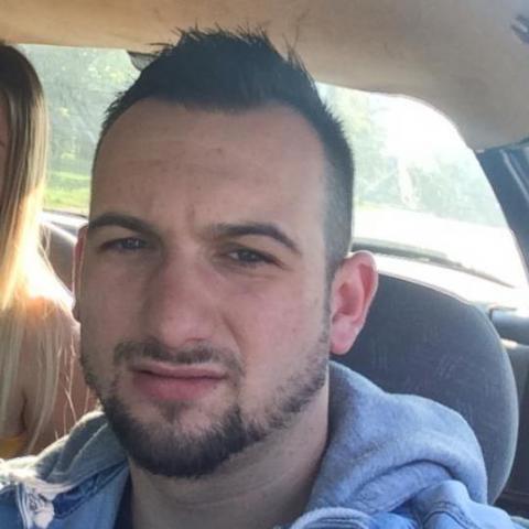 Bence, 27 éves társkereső férfi - Székesfehérvár