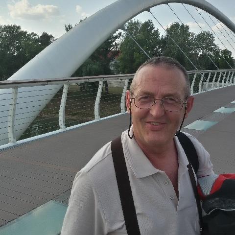 Laci, 57 éves társkereső férfi - Bénye