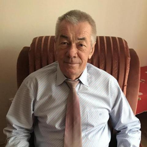 Károly, 71 éves társkereső férfi - Tiszaújváros