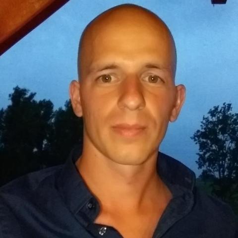 József, 29 éves társkereső férfi - Dunaszentgyörgy