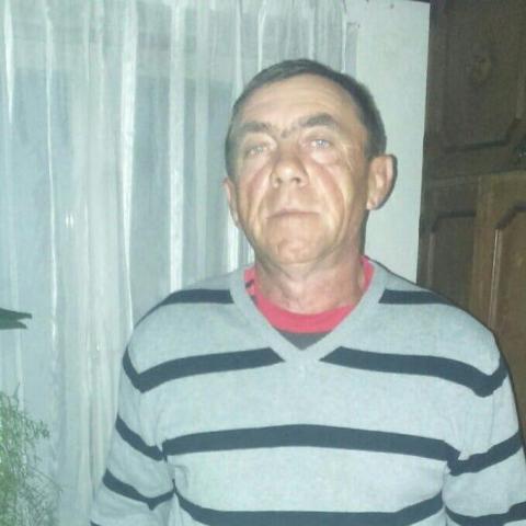 Attila, 57 éves társkereső férfi - Zsáka