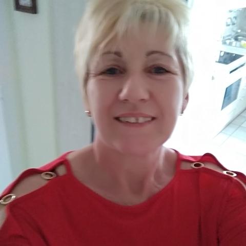 Éva, 55 éves társkereső nő - Battonya