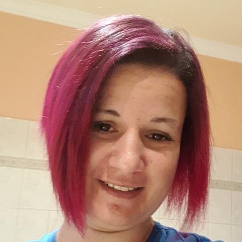 Tündi, 37 éves társkereső nő - Forráskút