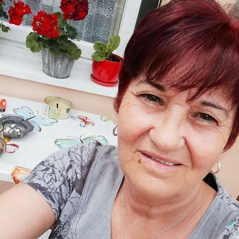 Anna, 64 éves társkereső nő - Dombóvár