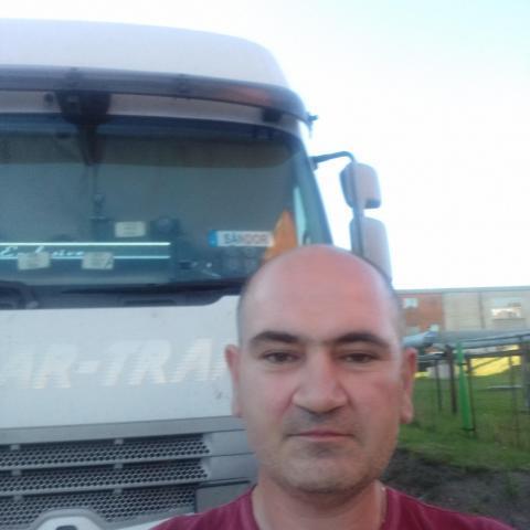 Sandor, 44 éves társkereső férfi - Nyírmeggyes