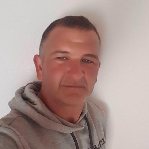 Laci, 43 éves társkereső férfi - Szeyr