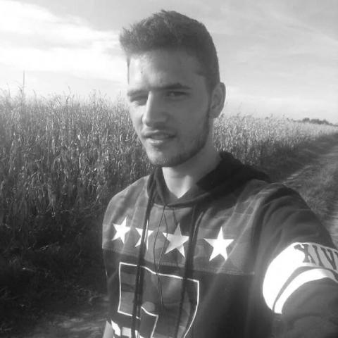 Zalán, 24 éves társkereső férfi - Dombóvár