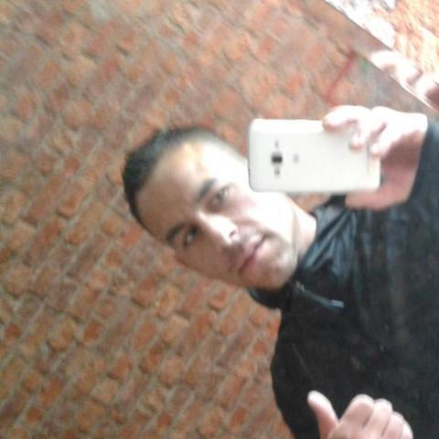 Roland, 31 éves társkereső férfi - Tolna