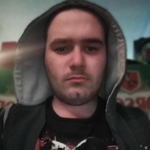 Attila, 22 éves társkereső férfi - Tiszalúc