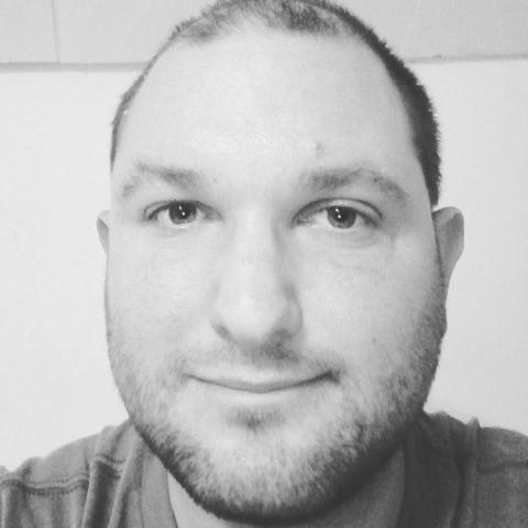 Róbert, 34 éves társkereső férfi - Miskolc