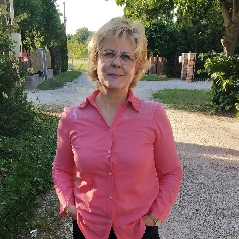 Erzsébet, 56 éves társkereső nő - Székesfehérvár