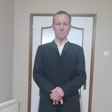 András, 51 éves társkereső férfi - Tés