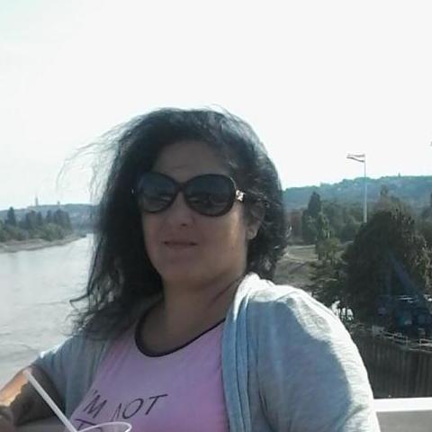 Anna, 24 éves társkereső nő - Regöly