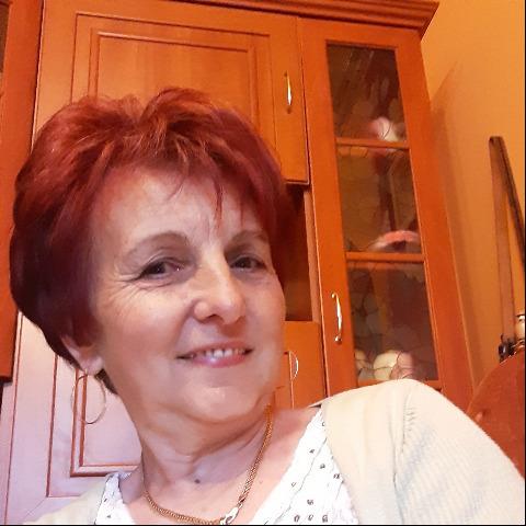 Emi, 65 éves társkereső nő - Kaba