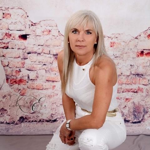 Andrea, 52 éves társkereső nő - Salgótarján