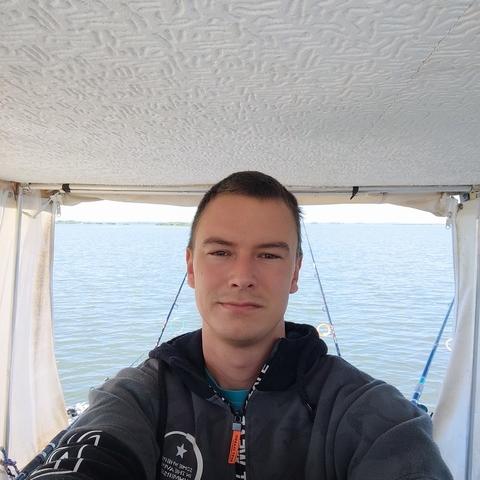 Tibor, 29 éves társkereső férfi - Kistarcsa