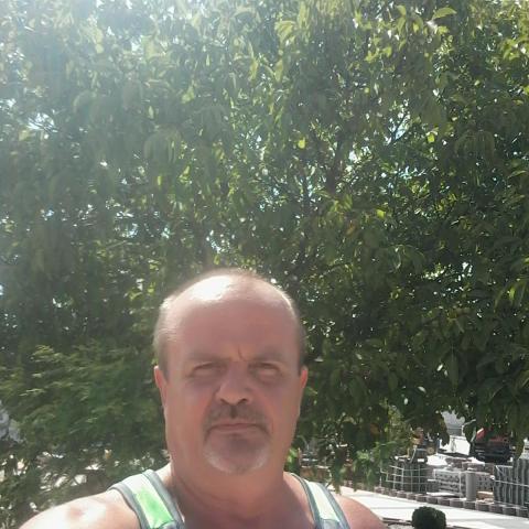 Csabi, 54 éves társkereső férfi - Pécs