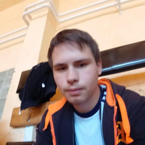 Ferenc, 22 éves társkereső férfi - Szentlászló