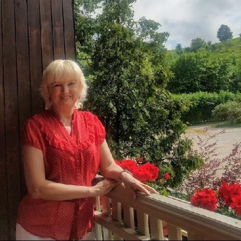 Edit, 57 éves társkereső nő - Budaörs