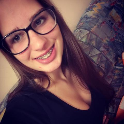 Szilvi, 20 éves társkereső nő - Szeged