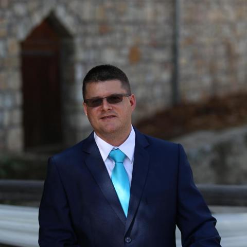 Róbert, 40 éves társkereső férfi - Miskolc