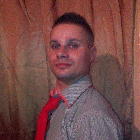 Zoli, 32 éves társkereső férfi - Sátoraljaújhely