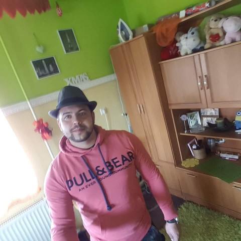 Laszlo, 28 éves társkereső férfi - Tiszatarján