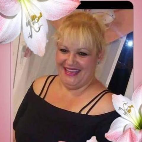 Melinda, 49 éves társkereső nő - Tolna