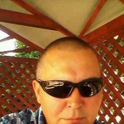 Robika, 44 éves társkereső férfi - Hőgyész