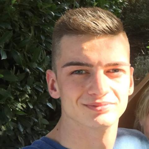József, 22 éves társkereső férfi - Gyula
