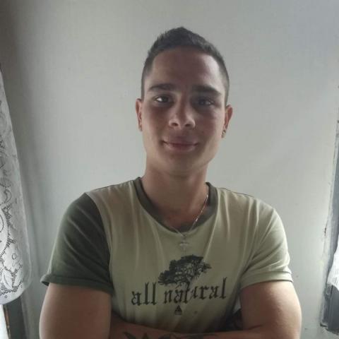 István, 21 éves társkereső férfi - Magyarkeszi