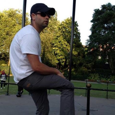 Istvan, 40 éves társkereső férfi - Guildford