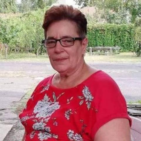 Betti, 65 éves társkereső nő - Miskolc