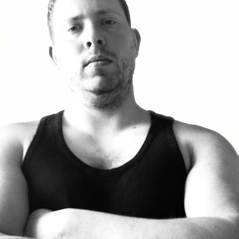 János, 29 éves társkereső férfi - Eger