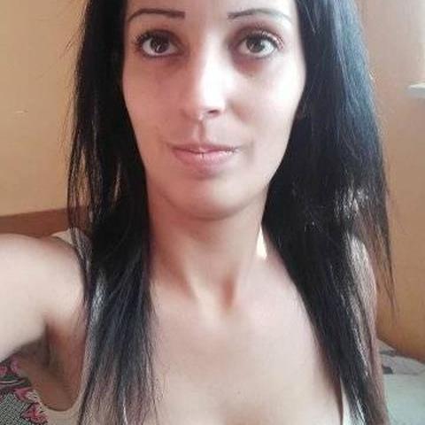 Izabella, 20 éves társkereső nő - Ura