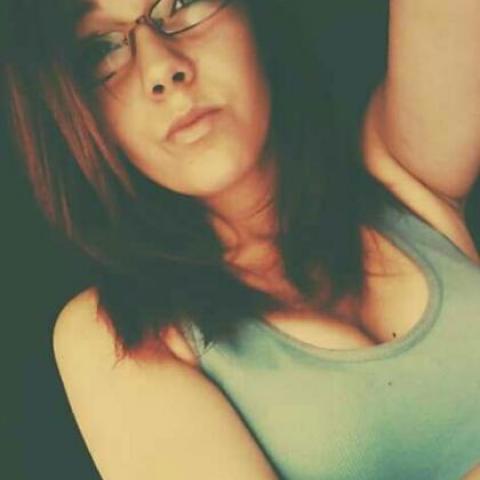 Vanii, 24 éves társkereső nő - Kocsola
