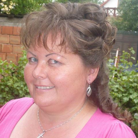 Csilla, 47 éves társkereső nő - Pusztaszabolcs