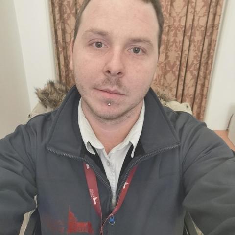 Dávid, 26 éves társkereső férfi - Aszód