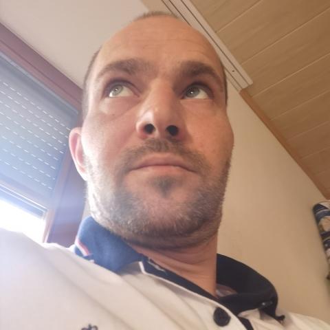 Attila, 39 éves társkereső férfi - Debrecen