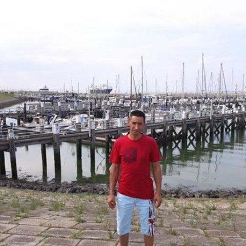 Zsolt, 37 éves társkereső férfi - Miskolc