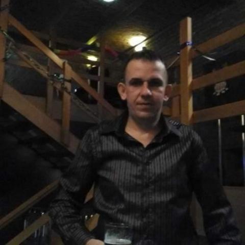 Zoli, 40 éves társkereső férfi - Tiszasüly