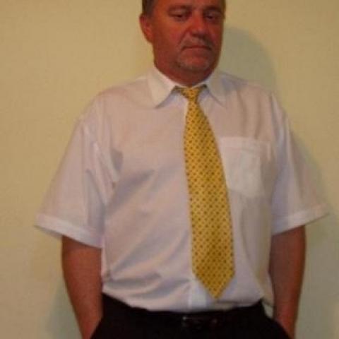 István, 61 éves társkereső férfi - Komárom