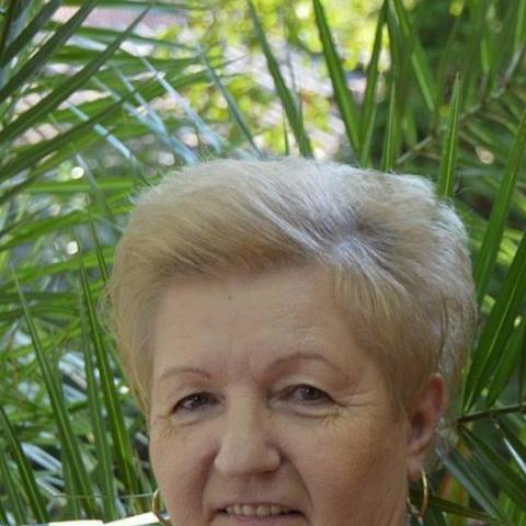 Marcsi, 69 éves társkereső nő - Békés