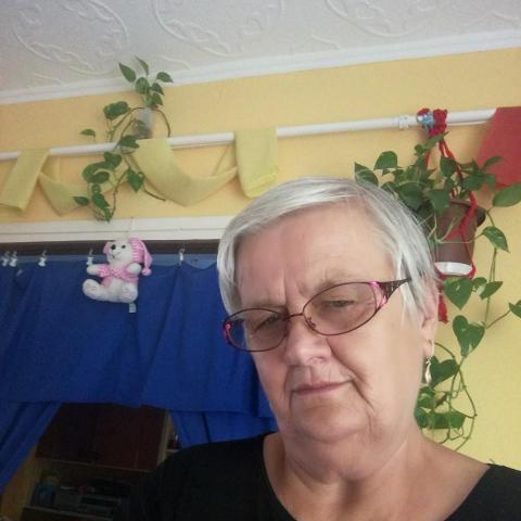 Marcsi, 69 éves társkereső nő - Salgótarján