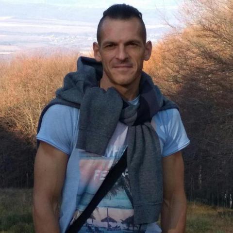 Peti, 39 éves társkereső férfi - Hatvan