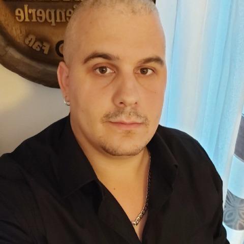 Richárd, 28 éves társkereső férfi - Gödöllő