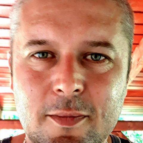 András Krisztián, 42 éves társkereső férfi - Ludányhalászi
